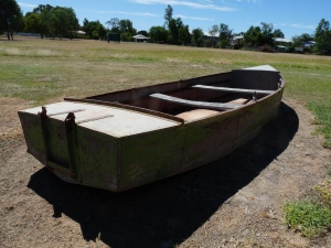 flood boat blackall
