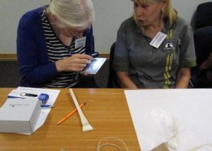 Photograph workshop - Beverley Ann Smith and Colleen McDermott Wood doing a spot of process identification. (Image courtesy of Karen Barrett)