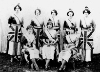 Female patriotic group wearing fancy dress at Cooktown, ca.1913. Image: Cooktown History Centre.