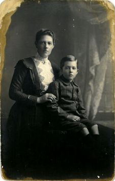 Rosina Fryer and Walter Ponsonby Fryer. Inscription on reverse reads