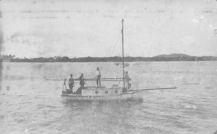 The 'Eleanor' in the Pioneer River.